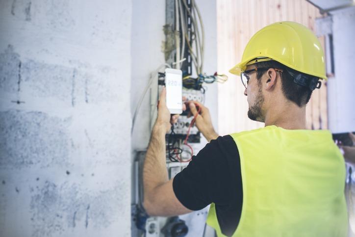 Normas necessárias para instalações elétricas aparentes: quais são?
